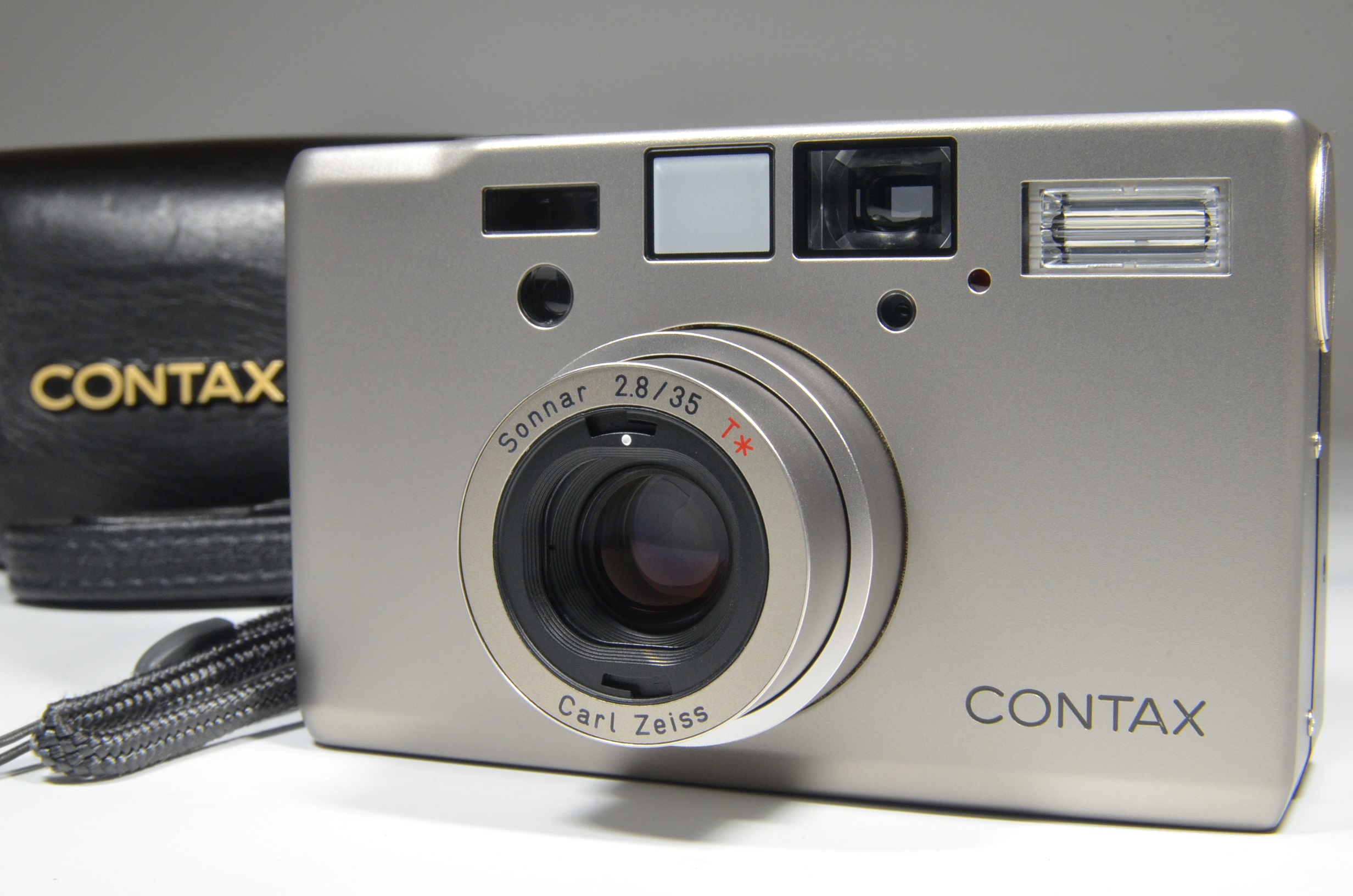 contax t3 data back with full leather case