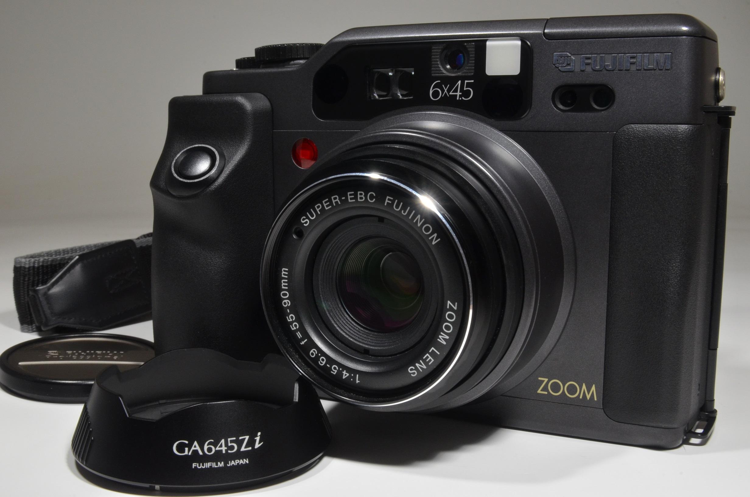 fujifilm ga645zi black zoom 55-90mm f4.5-6.9 300 shot!